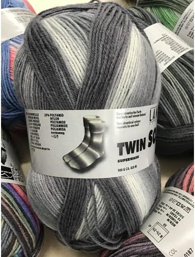 Twin Socks 174